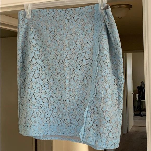 Banana Republic Dresses & Skirts - Lace Skirt